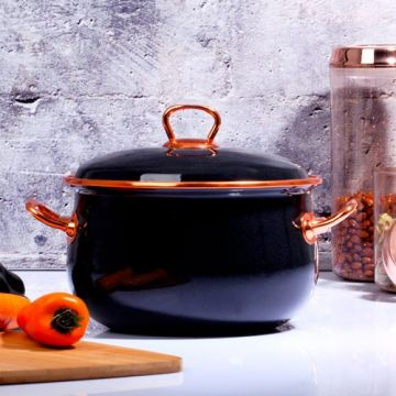 Black Pot  - 20 cm